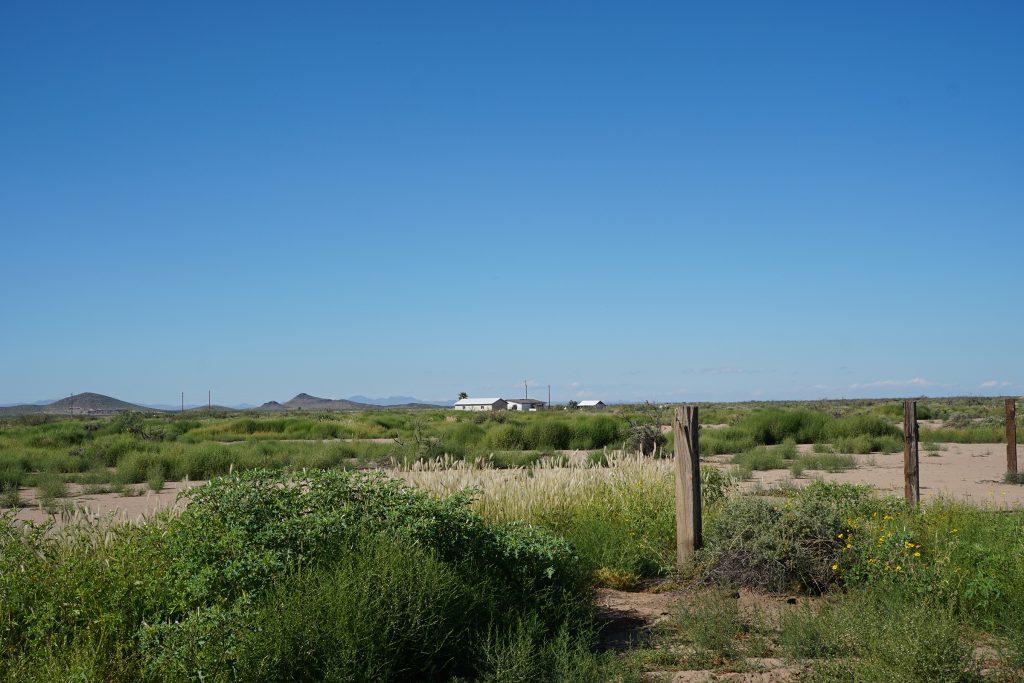End of El Bordo Rd facing SW